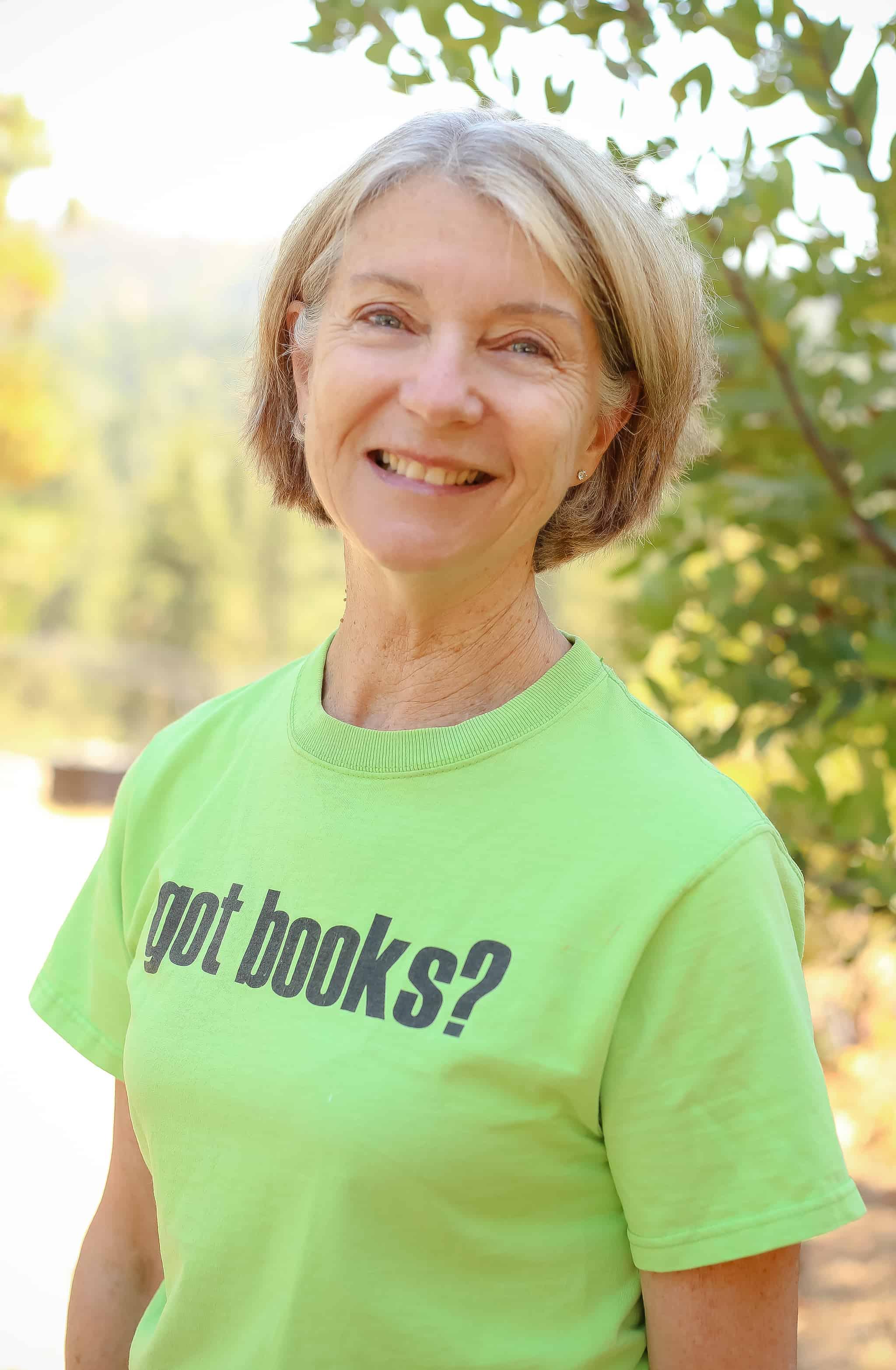 Author Erin Dealey